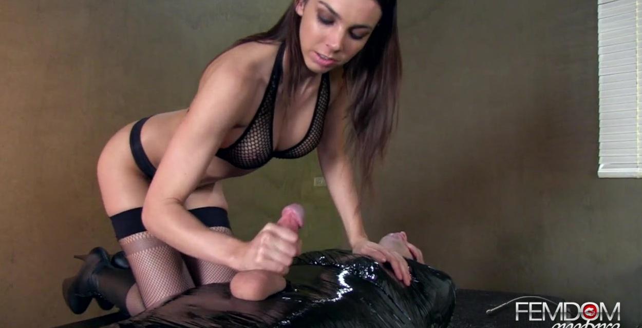 Порно ролики женщины за 30 доминирование