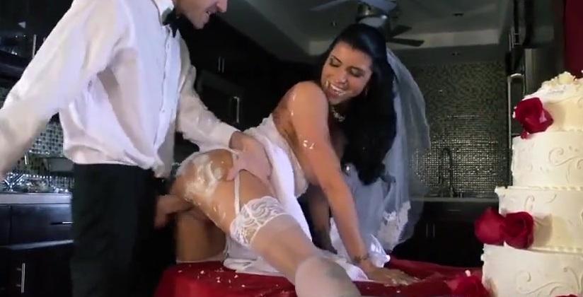 трахнулы невесту перед свадьбой
