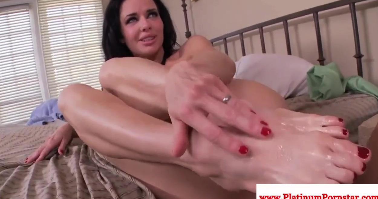 Дрочит ножками порно видео- Эротика и эротические галереи в HD ...