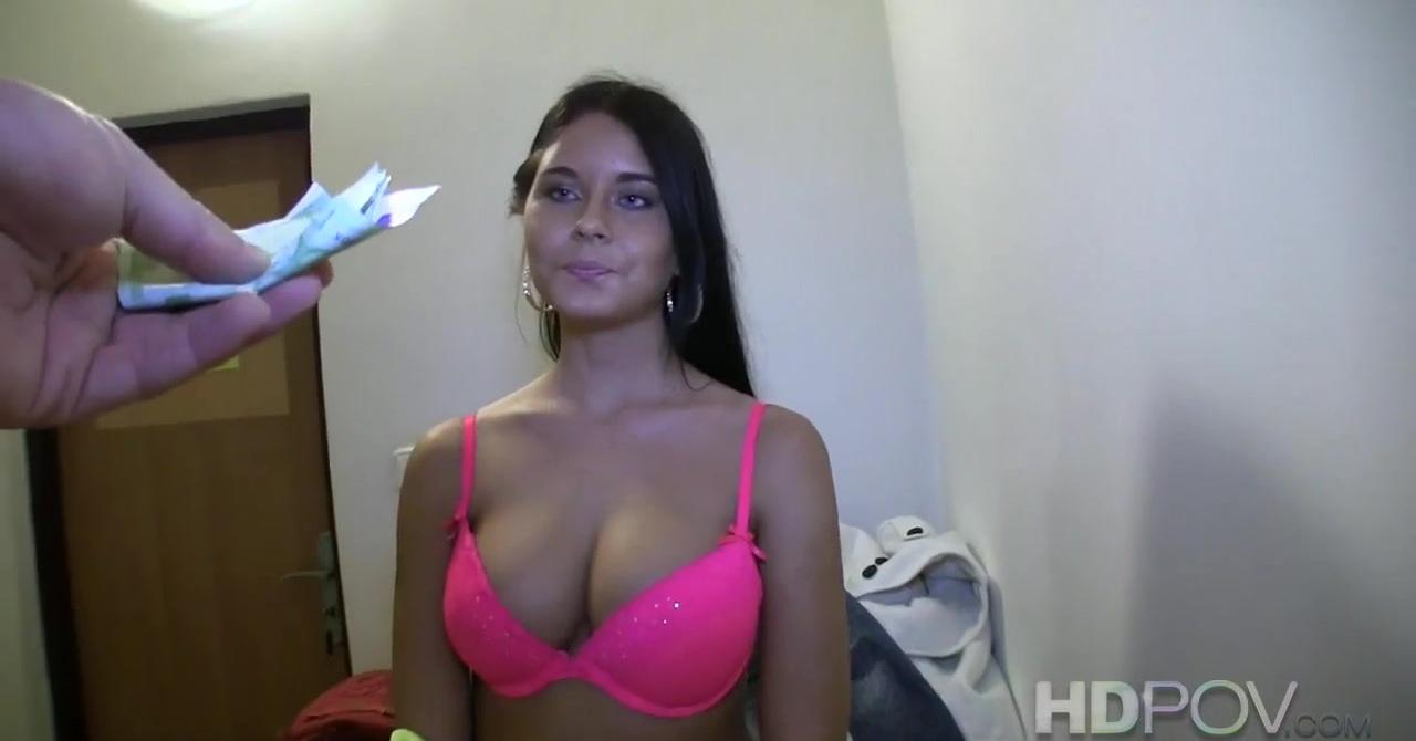 Порно первый раз без фото