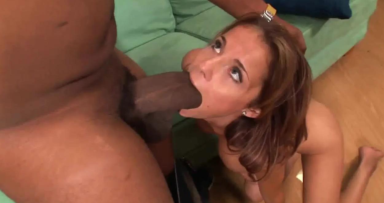 ebut-telok-bolshim-huem-porno-video-podborka-kamshotov-spermi-na-litsah