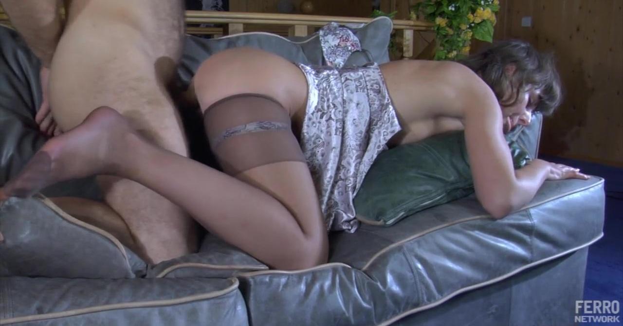 Русская красавица пришла на массаж а ее там ждал секс видео фото 535-637