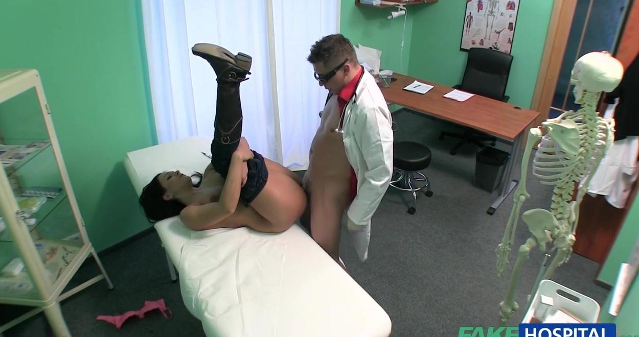 Просмотр порно без вирусов русская скромная девушка на медосмотре у озабоченного врача фото 507-166