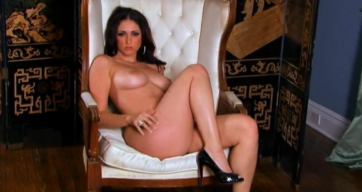 Бесплатное порнодрочка на публике в ночном клубе фото 24-644